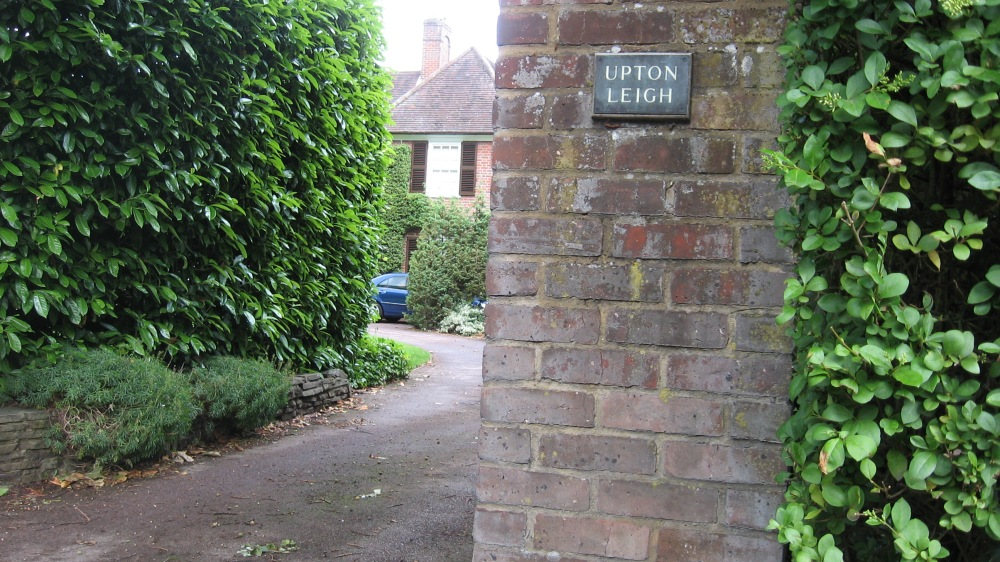Green Hedges – The inspiration for my watercolour (3/4)