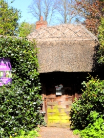 Old Thatch lych gate