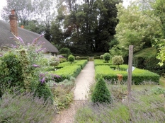 The view from the water garden to the formal garden