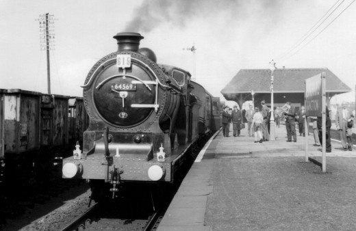 Leuchars Train Station from http://www.leuchars.org.uk/