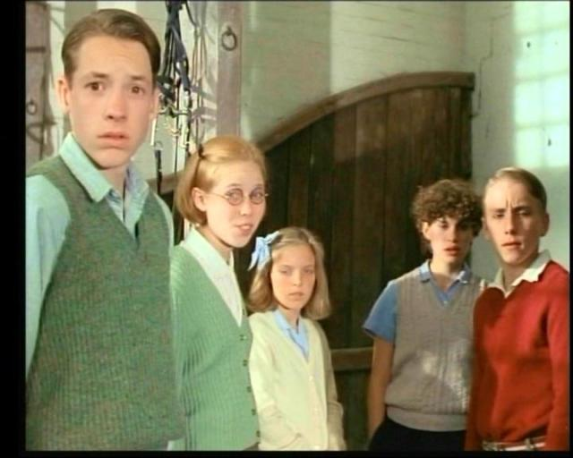 The Five and Henry in Five Go to Mystery Moor (L-R) Marco Williamson as Julian, Bianca Bonomi as Henry, Laura Petela as Anne, Jemima Rooper as George and Paul Child as Dick