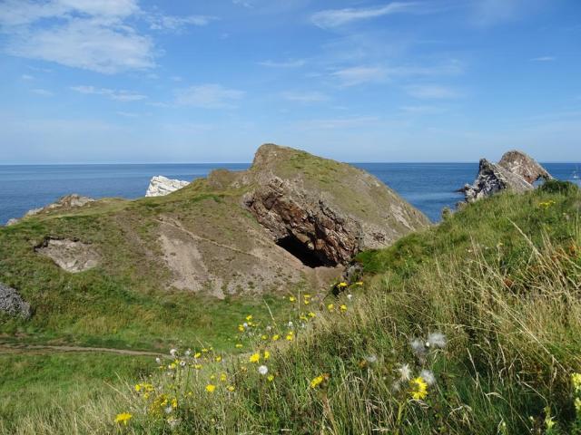 portknockie cave